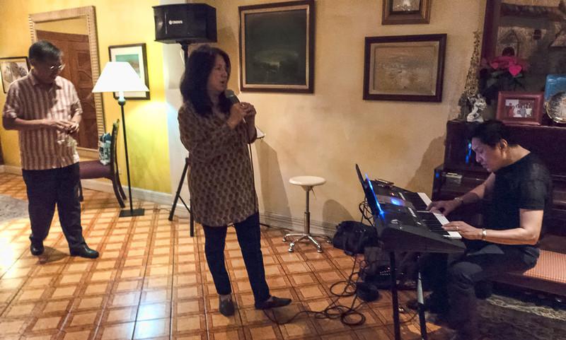 10. Dinner at Vic & Corito Lim's
