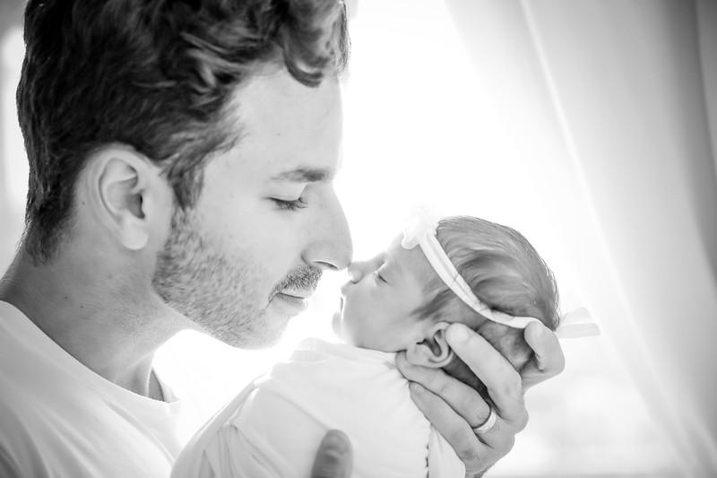 bw_newport_babies_photography_hoboken_at_home_newborn_shoot-5032.jpg