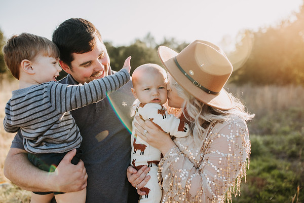 River Ratliff // 6m Milestone Family Session