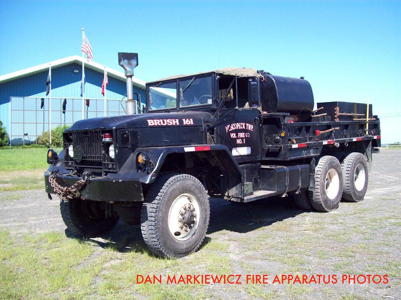 NESCOPECK TWP. VOLUNTEER FIRE CO. BRUSH 161 1974 MACK/NTVFC BRUSH TRUCK