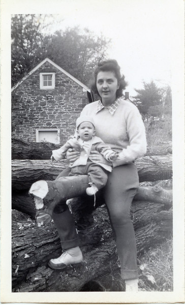 1945 John & Jeanne.jpg