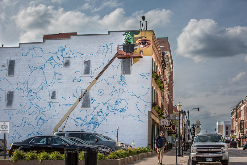 DA077,DJ, Mural painting summer 2017, Dubuque.jpg