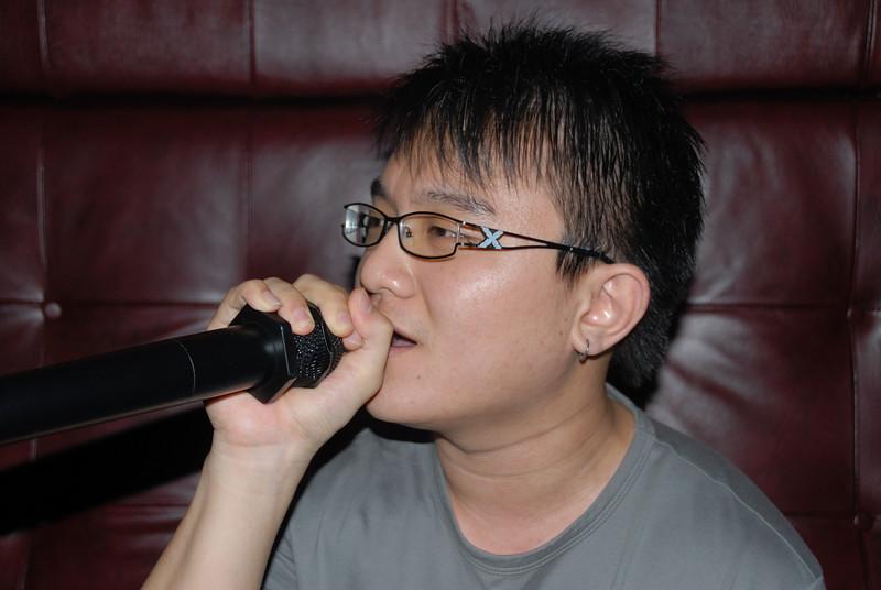 [20100219] Karaoke with ST Cousins @ Neway (9).JPG
