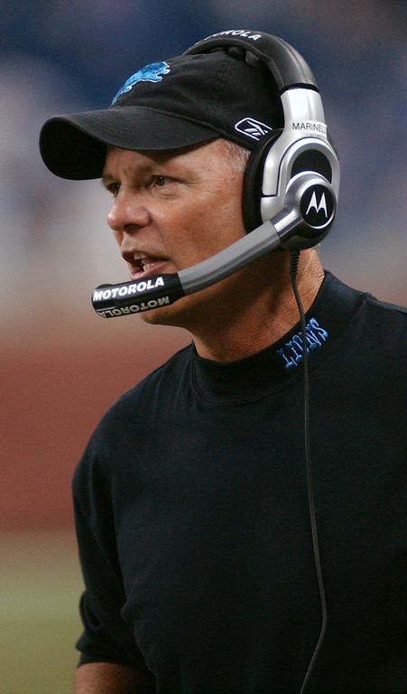 . Detroit Lions head coach Rod Marinelli gives instructions on his headset during a game against the New York Giants in the first quarter, Thursday, August 7, 2008, at Ford Field in Detroit, Mich.  The Lions beat the Giants, 13-10.  (The Oakland Press/Jose Juarez)