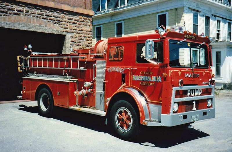 Retired   Pump 1   1977 Mack MB