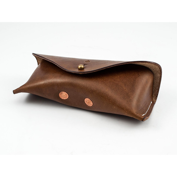 W&A-Case 01 - The W & Anchor Leather Glasses Case No. 105.jpg