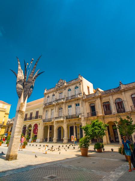 havana plaza vieja.jpg