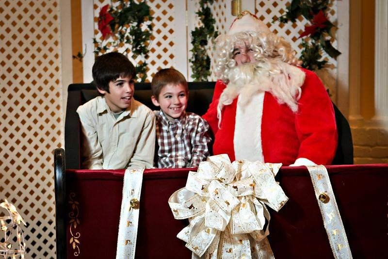 Santa-027 copy.jpg