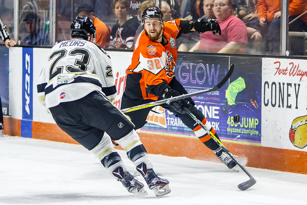 3/5/17 Komets vs. Wheeling