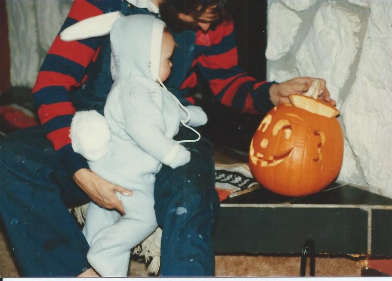 Halloween bunny '85.jpeg