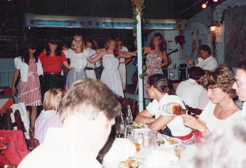 Dance-Trips-Greece_0102_a.jpg