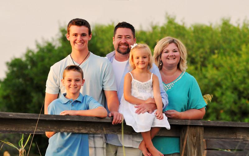 Angie Birch Naples Beach Family Photo Shoot 473c.jpg