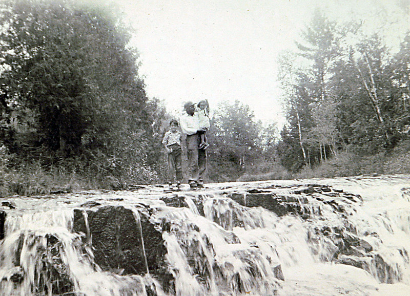 Uncle Norm, George & Edwin at falls.JPG