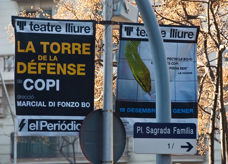 Street signs in Barcelona. (Dec 14, 2007, 11:15am)
