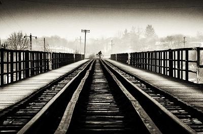 The Life and Happenings around Blejoi Bridge