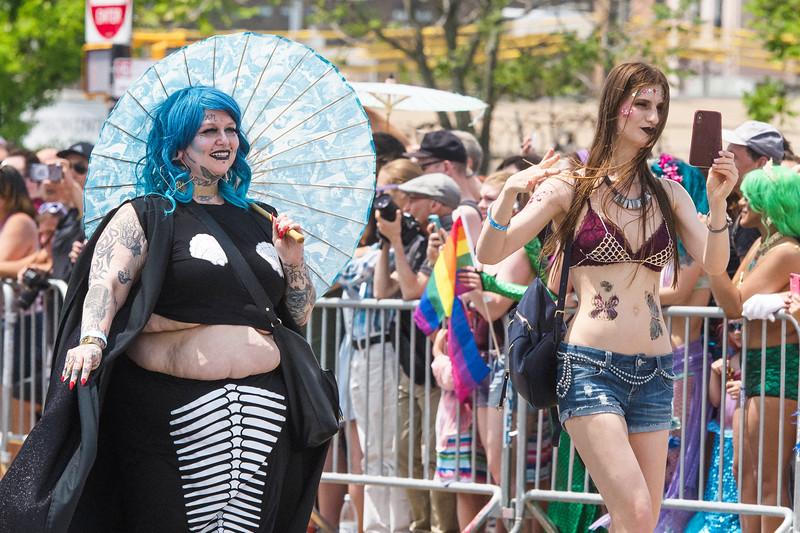2019-06-22_Mermaid_Parade_1497.jpg