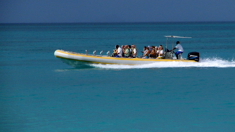 Antigua 12-15-2004 L.JPG