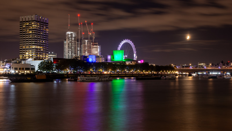 Construction on London's South Bank