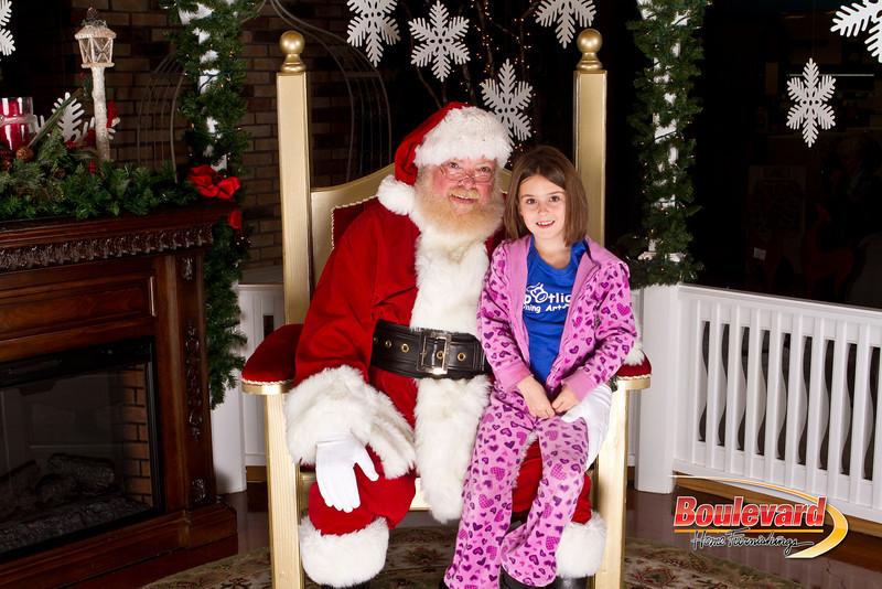 Santa Dec 15-174.jpg