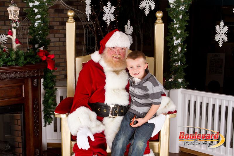Santa Dec 8-212.jpg