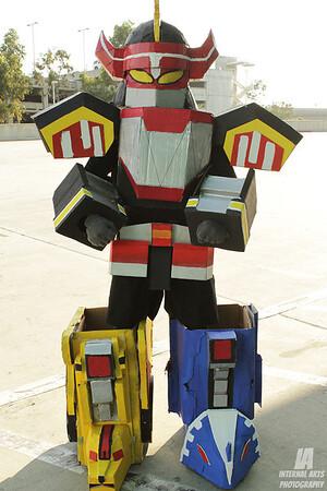 Arman as Megazord @ Anime Expo 2013