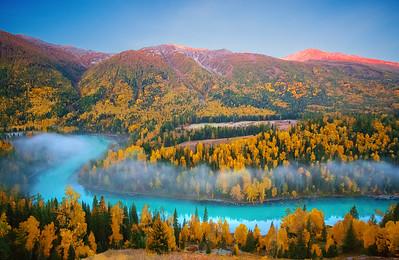CHINA, Xinjiang, Altay, Kanas, Fall Color,新疆,阿勒泰,喀纳斯,秋色