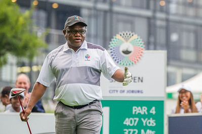 Mayor's Tee Off