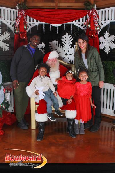 Santa 12-17-16-97.jpg