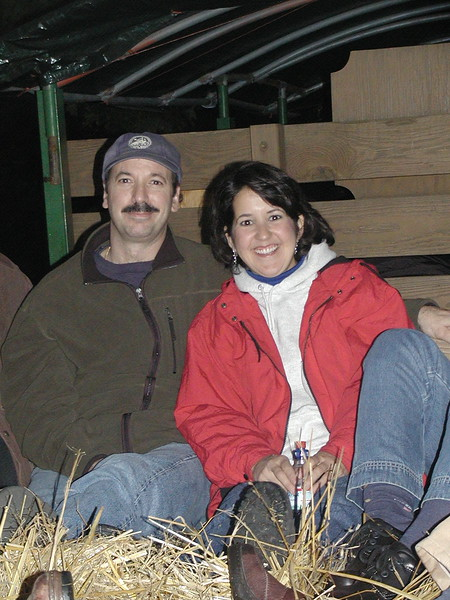 2002-10-12 HT-Youth-Family-Hayride_012.jpg