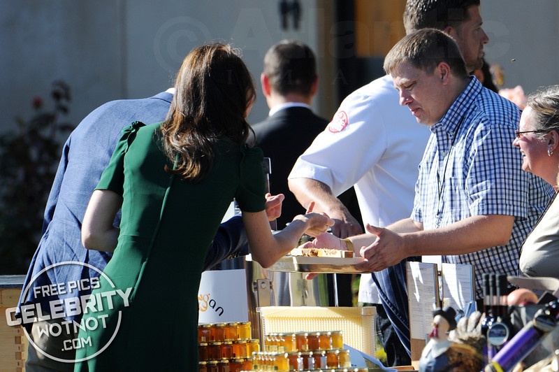 That's The Spirit! Will & Kate Sample Shots At A Harvest Event