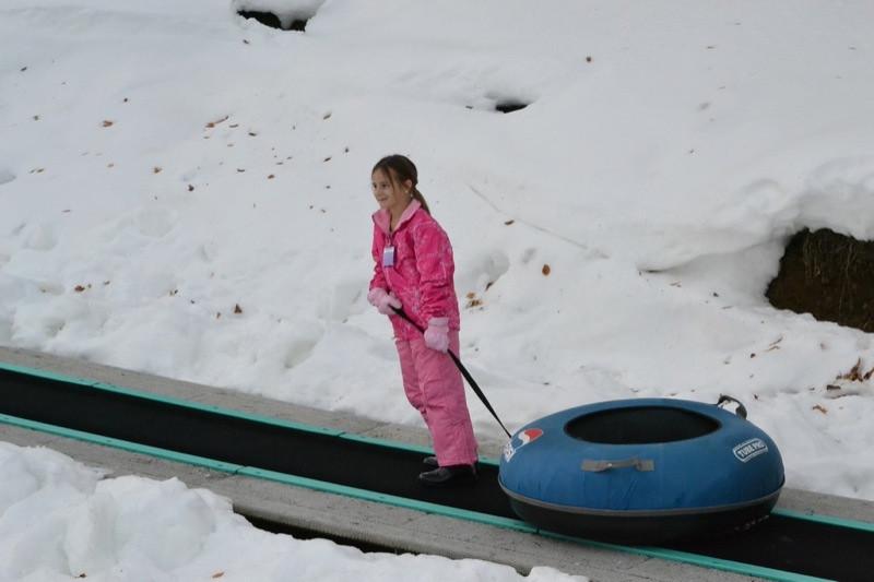 Snow_Tubing_at_Snow_Trails_035.jpg