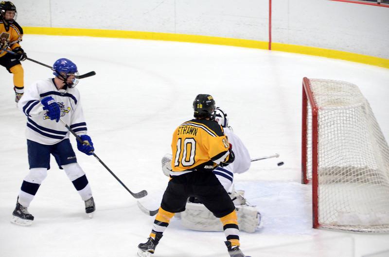 141004 Jr. Bruins vs. Boston Bulldogs-122.JPG