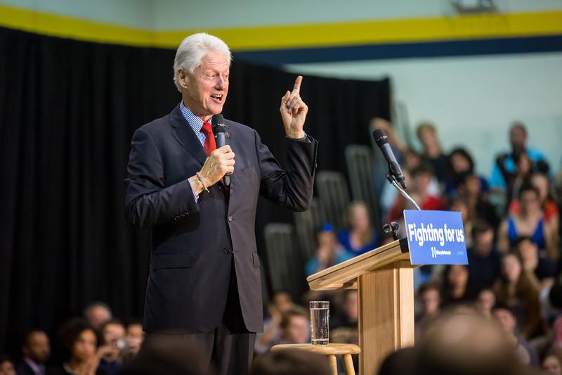 President Bill Clinton @ TCNJ 5-13-2016-29.jpg