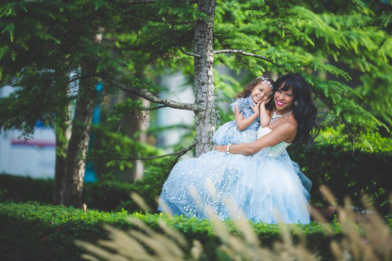 bw newport babies photography frozen shoot-1-6.jpg