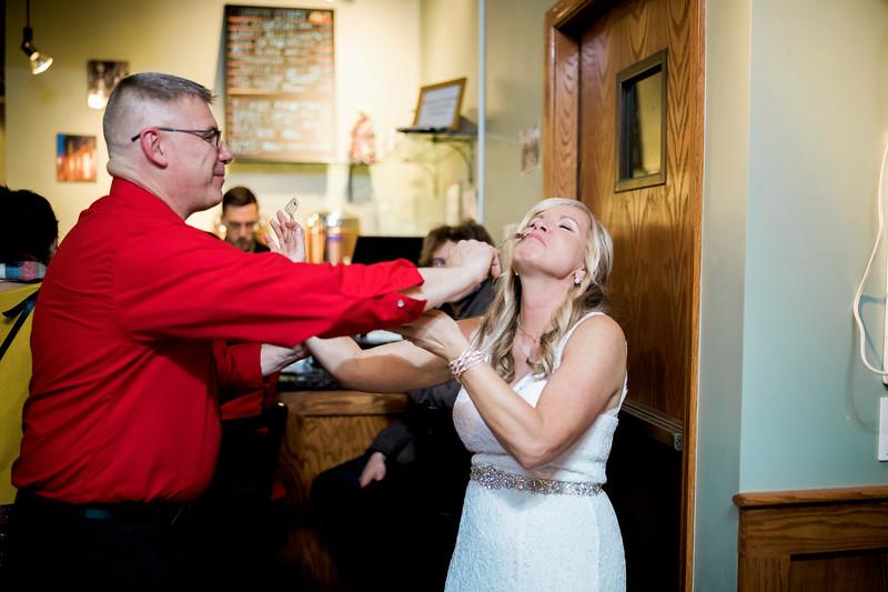 diane-ron-hughes-metro-detroit-wedding-0256.jpg