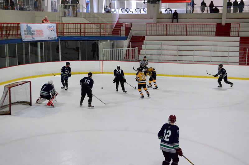 150907 Jr. Bruins vs. Whalers-031.JPG