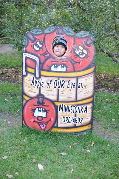 2014-10-04 Minnetonka Orchards 028.JPG