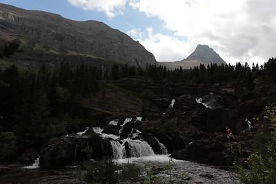 18 13 Swiftcurrent Trail Hike