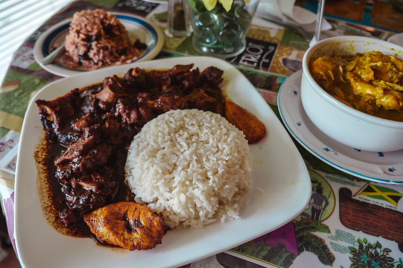 Oxtail Stew, rice and plantains