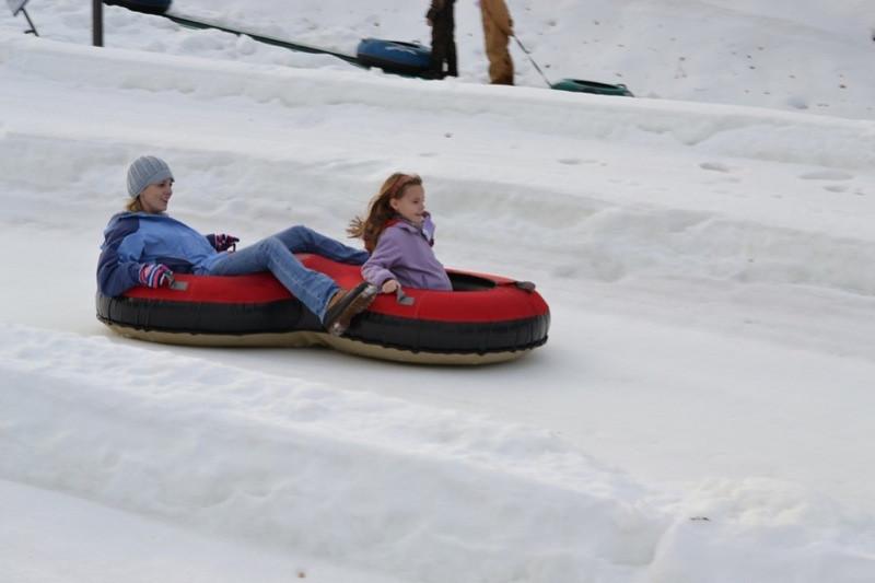 Snow_Tubing_at_Snow_Trails_033.jpg