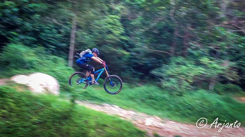 IMG_7631 Ken good jump-2.jpg