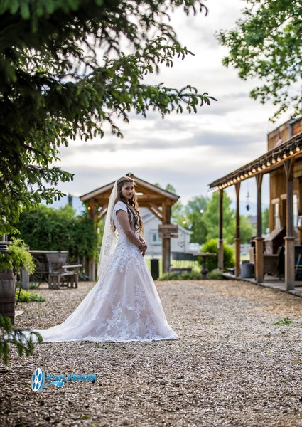 barbwire and lace bridal photo shoot brooklyn -98.jpg