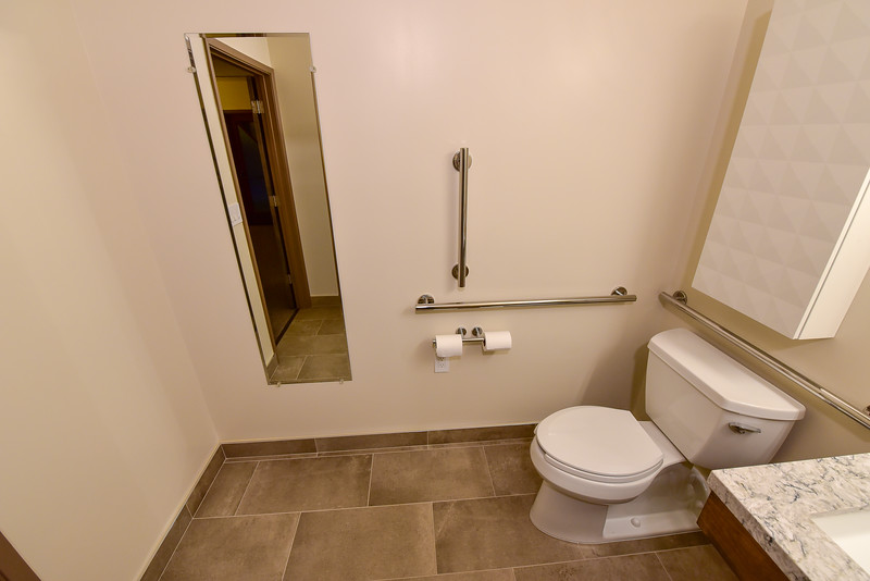 church-bathroom-004.jpg