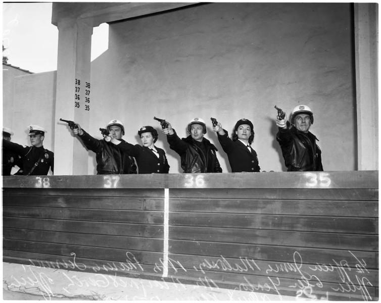 Police_women_feature_1957-6.jpg