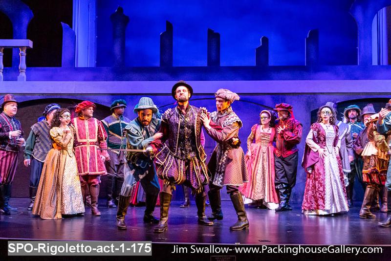 SPO-Rigoletto-act-1-175.jpg