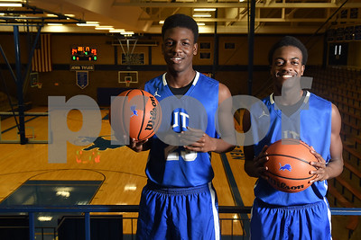 moore-moore-brothers-helping-john-tyler-each-other-excel-on-court