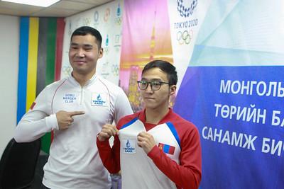 Төрийн банкнаас Токио-2020 зуны олимпын Байт харвайны төрөлд өрсөлдөх 2 тамирчинд дэмжлэг үзүүллээ