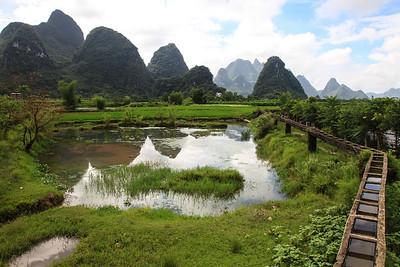 20100913 Za siedmioma (pa)górami, zasiedmioma bambusowymi lasami…