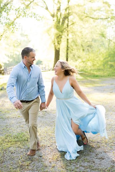 bride-groom-running.jpg