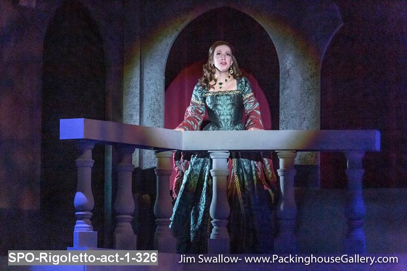 SPO-Rigoletto-act-1-326.jpg